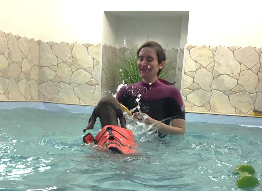 Plantschen in der Wassertherapie